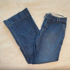 Banana Republic Wide Leg Jean. Size 6